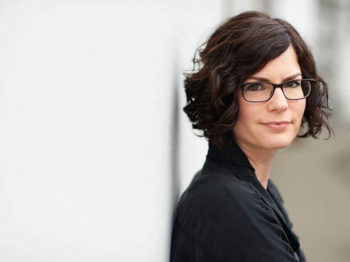 Schriftstellerin Isabelle Lehn leitet eine dreiteilige Romanwerkstatt im Autorenloft Berlin